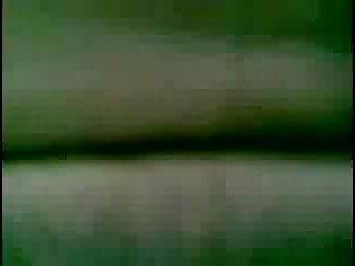 তিন ছোট মেয়েদেরxxxx একটু পলি পেত্রোভা-1080 পি